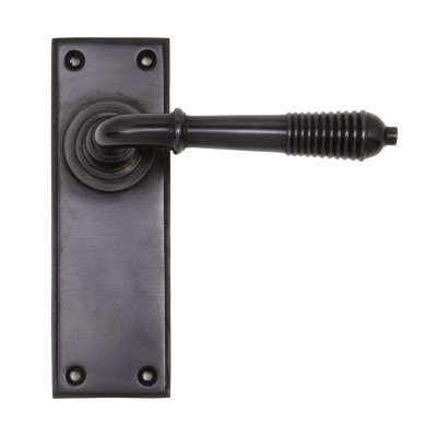 Aged Bronze Reeded Lever Latch Set