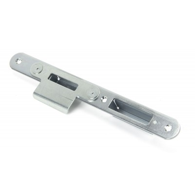 Winkhaus Centre Latch Keep RH 56mm Door